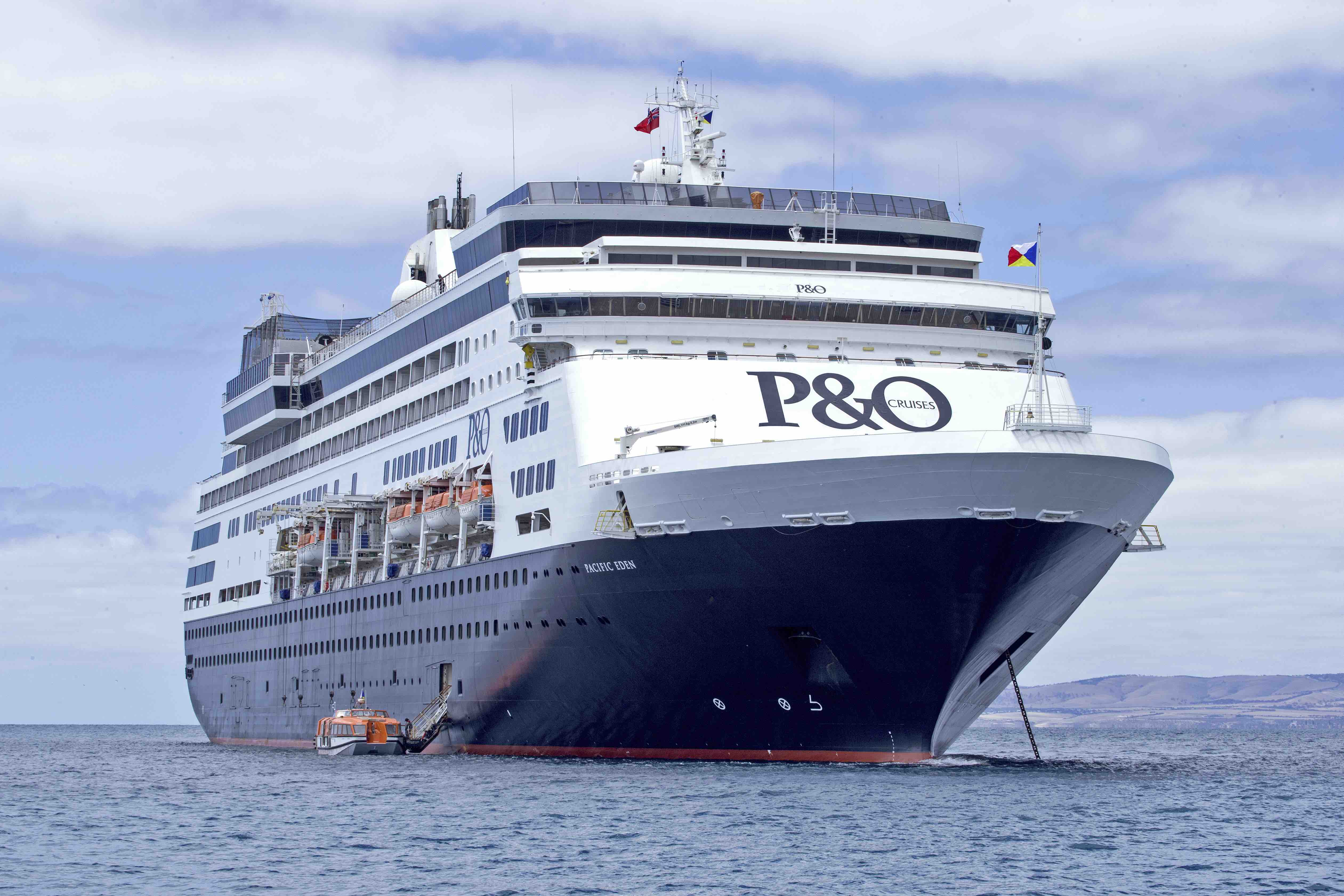 PO Cruises Pacific Eden maiden call to Kangaroo Island
